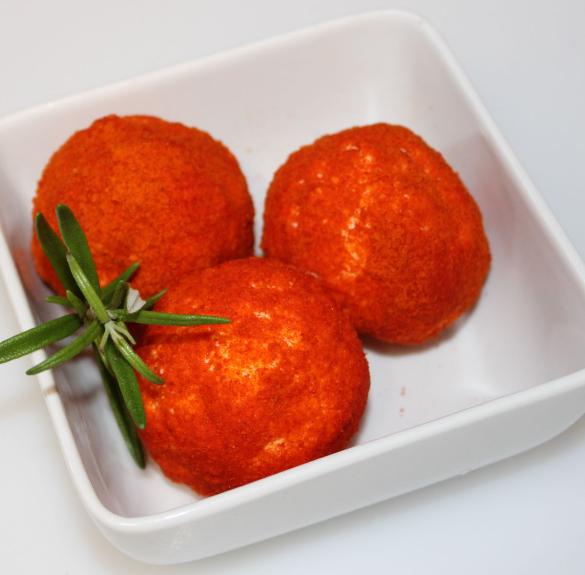 Paprikás sajtgolyó - 10 dkg