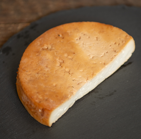 Füstölt trapista jellegű sajt - 25 dkg