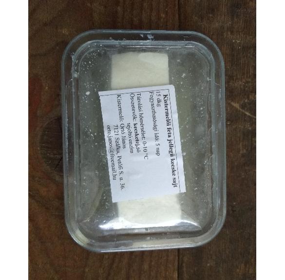 Feta jellegű kecskesajt kb. 20-25 dkg