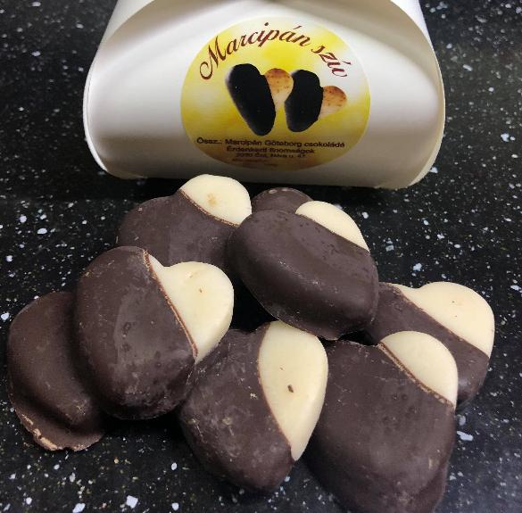 Marcipános csokiszívek - 10 dkg