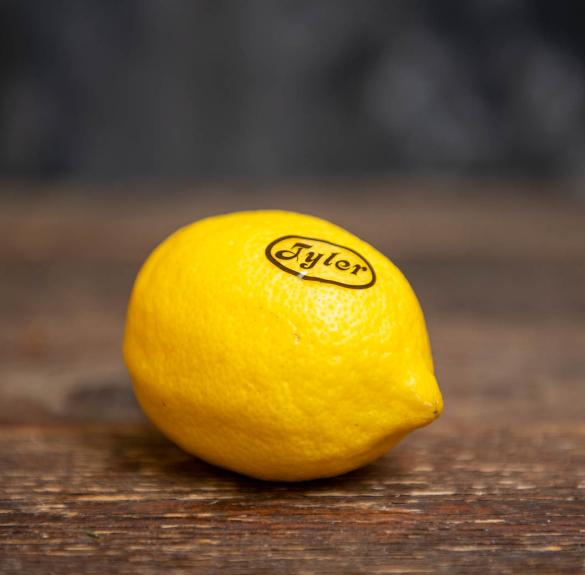 Kezeletlen citrom darabra