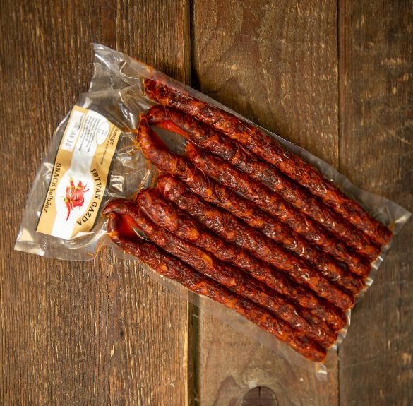 Csemege snack kolbász - 4 szál -kb. 35-40 dkg