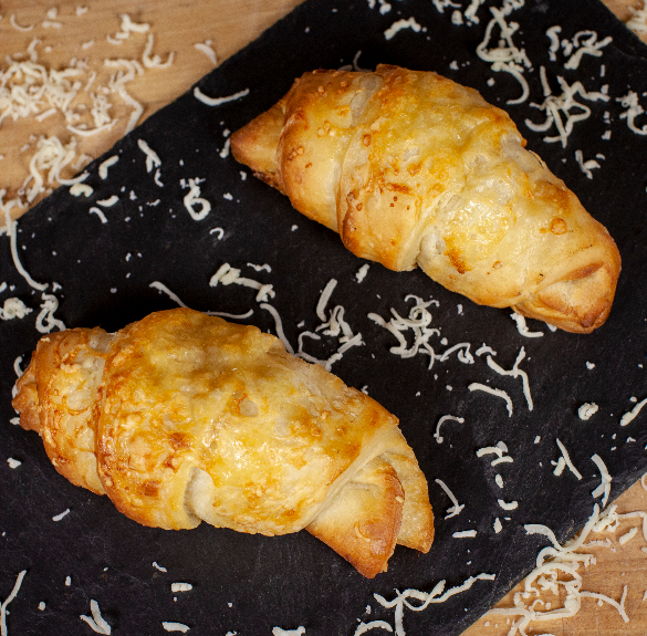 Füstölt sajtos croissant 200 g - 2 db