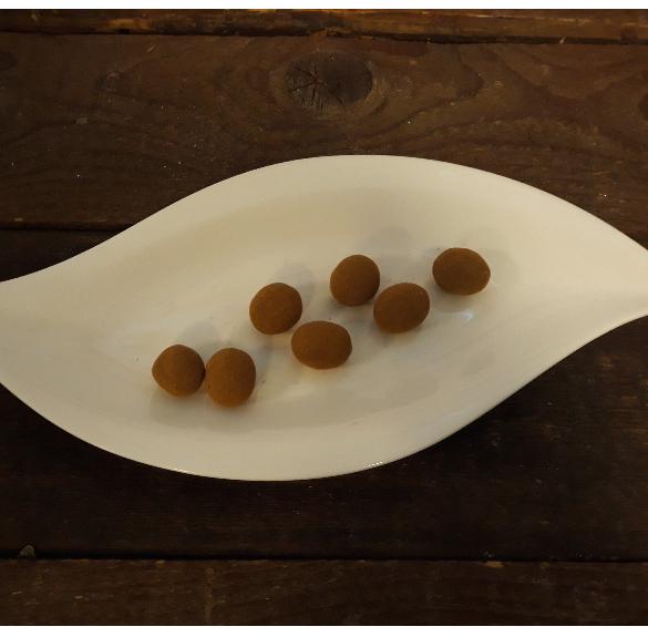 Fahéjas pörkölt mandula csokoládéban - 10 dkg