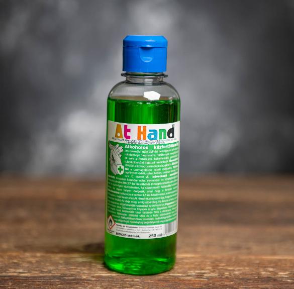 At Hand - Alkoholos kézfertőtlenítő